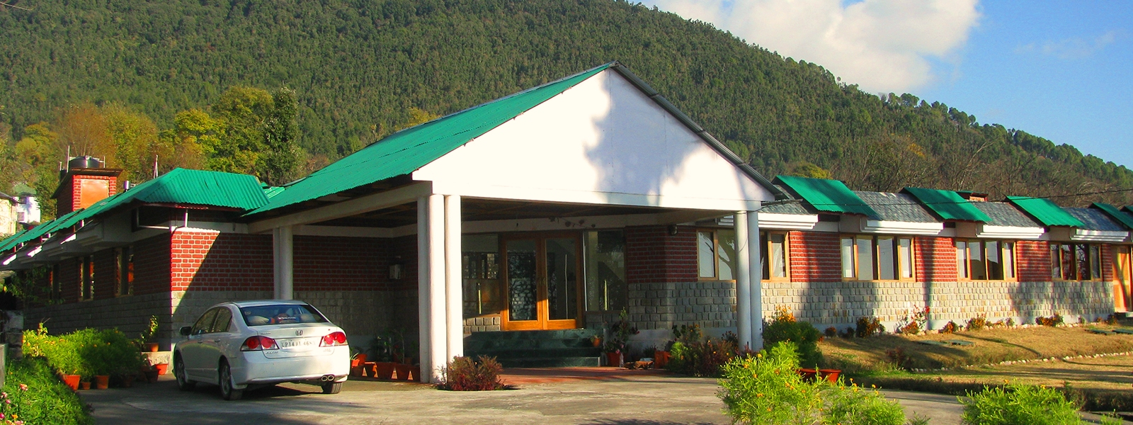 bene-resort-palampur-slider-1